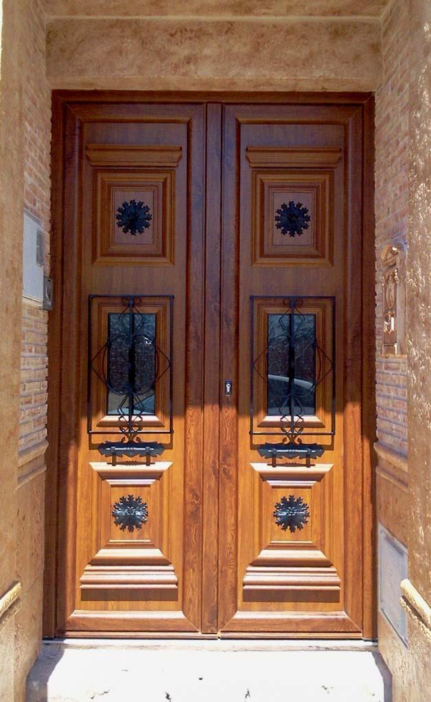 Puertas de entrada de pvc soluciones a medida indalco pvc for Puertas de madera exterior precios