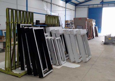 Fábrica ventanas y puertas de PVC